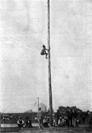olympic pole climbing demonstration