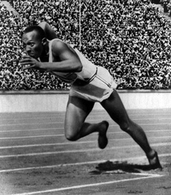 jesse owens at the Olympics in 1936